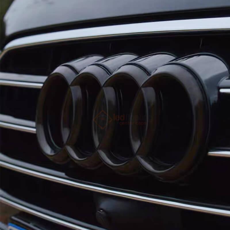 Dynamic Audi Emblem