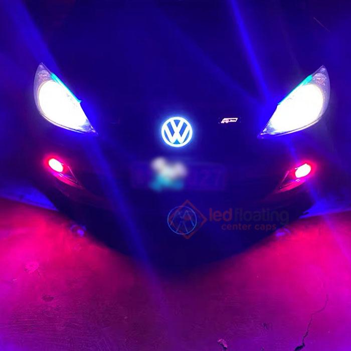 Dynamic VW Emblem