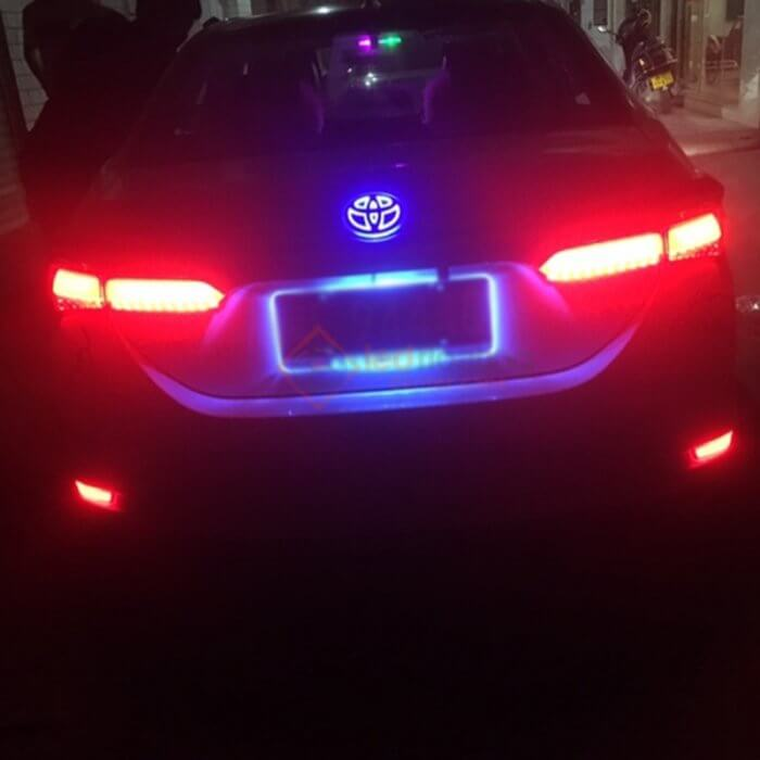 toyota-emblem-light-for-rear-emblem
