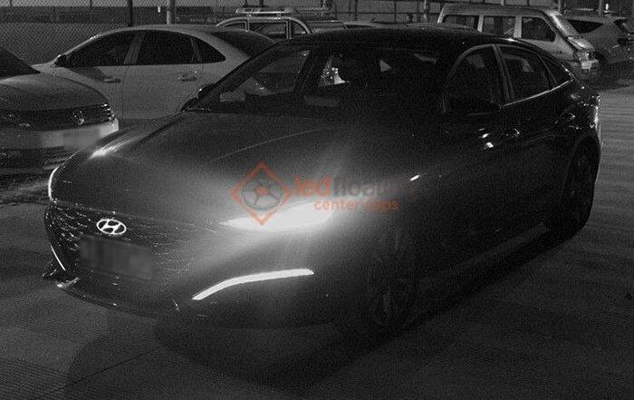 Dynamic Hyundai Emblem Light